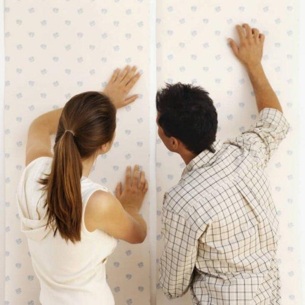 Как убрать пузыри на обоях после высыхания и как предотвратить их появление
