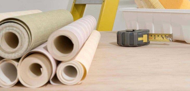 Можно ли клеить обои на водоэмульсионную краску, подготовка стен